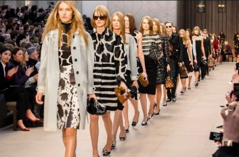 Burberry Fall 2013 Runway Show